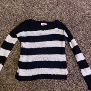 Justice black and white sweater